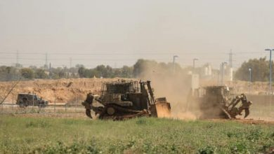 Photo of توغل بغزة واعتقالات ومداهمات بالضفة والقدس.