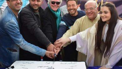 Photo of أحمد زاهر يحتفل بأول تصوير فيلم له
