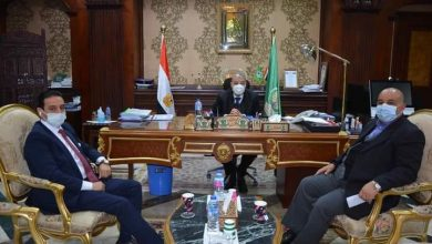 Photo of محافظ المنيا يناقش مع أعضاء مجلس الشيوخ عددا من القضايا والمشاكل