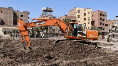 Photo of الانصارى يتفقد اعمال الحفر بمشروع تطوير مدينة الفيوم