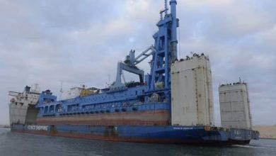 """Photo of ربيع: """"قناة السويس تشهد عبور السفينة الحاملة للكراكة""""مهاب مميش"""""""