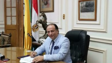 Photo of تهنئة لعميد كلية علوم جامعة القاهرة