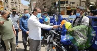Photo of محافظ المنوفية يسلم تروسيكلات لبعض الأسُر المستحقة