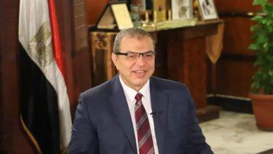 Photo of تعيين 426 شاباً وتحرير 40 محضرا وغلق 20 منشأة مخالفة للقانون بدمياط