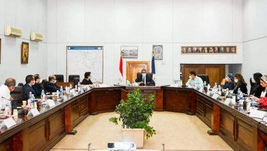 "Photo of وزير السياحة والآثار يجتمع مع لجنة ""خبراء الترويج السياحي"""