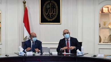 Photo of وزيرا الإسكان والعدل يستعرضان الأراضى المطلوبة لإقامة المحاكم والمنشآت القضائية