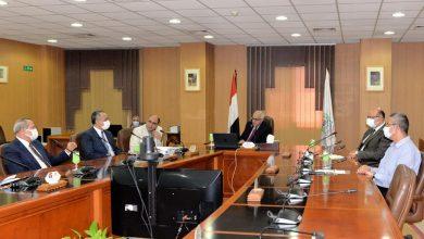 Photo of اجتماع للجنة العليا للتطعيمات ضد فيروس كورونا لتطعيم الطلاب و منسوبى جامعة المنصورة